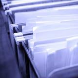 Arquivos na gaveta de arquivo Fotografia de Stock