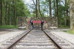 Arrêt d'amortisseur rouge de chemin de fer Images stock