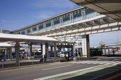 Arrêt de bus dans l'aerosweat. L'aéroport de Tokyo. Photographie stock