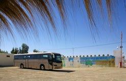 Arrêt de bus dans le désert Images libres de droits
