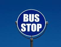 arrêt de signe de bus Photo libre de droits