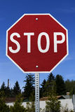 Arrêtez le signe (avec le chemin cliping) Photographie stock libre de droits