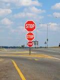 Arrêtez sur la route Image stock