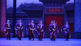 Arrêtoir d'un grand de famille-Le acte d'abord des événements de drame-Shawan de danse du passé Images libres de droits