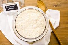 Arrancador del pan amargo foto de archivo libre de regalías
