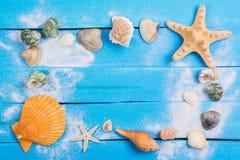 Arrangement d'été avec des peu fond de Marine Items Images stock