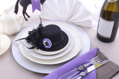 Arrangement de table de déjeuner de dames de jour de course de cheval Images libres de droits