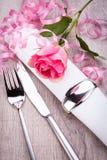 Arrangement de Tableau avec une rose simple de rose Images libres de droits