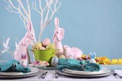 Arrangement heureux de Tableau de Pâques images stock