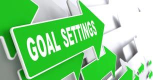 Arrangements de but sur le signe vert de flèche de direction Photographie stock libre de droits