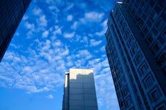 Arranha-céus angular do negócio Fotos de Stock