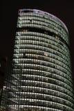 Arranha-céus da cidade da noite imagem de stock royalty free