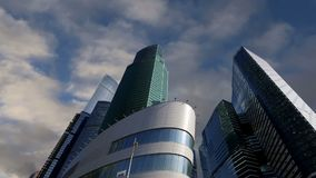 Arranha-céus da cidade internacional do centro de negócios, Moscou, Rússia vídeos de arquivo