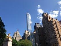 Arranha-céus de Columbus Circle em New York City Fotos de Stock Royalty Free
