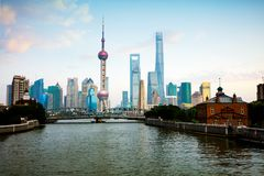 Arranha-céus de Shanghai Lujiazui CBD imagem de stock