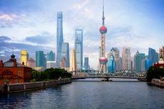 Arranha-céus de Shanghai Lujiazui CBD fotografia de stock royalty free