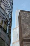 Arranha-céus e edifícios de apartamento Imagens de Stock