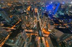 Arranha-céus e interseção de Sathorn, BTS Chong Nonsi, Banguecoque Fotos de Stock Royalty Free