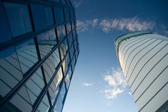 Arranha-céus e torre do negócio imagens de stock