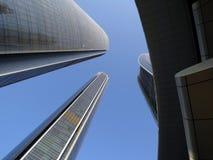 Arranha-céus em Abu Dhabi, UAE Fotografia de Stock Royalty Free