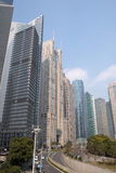 Arranha-céus financeiros do distrito de Lujiazui em Shanghai Imagens de Stock