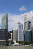 Arranha-céus moderno sob a construção Fotos de Stock