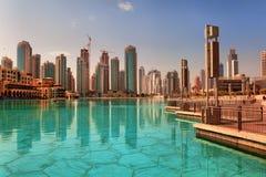 Arranha-céus modernos em Dubai Fotografia de Stock Royalty Free