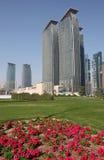 Arranha-céus no louro ocidental de Doha Fotografia de Stock