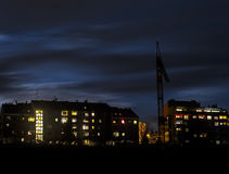 Arranha-céus pequenos na noite Foto de Stock