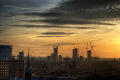 Arranha-céus sob a construção em uma das áreas de Londres Foto de Stock Royalty Free