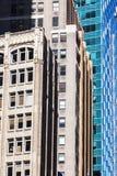Arranha-céus velhos e novos em NYC Fotografia de Stock Royalty Free