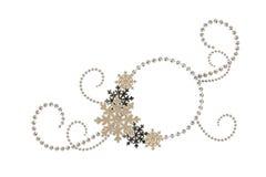 Arranjo de canto dos grânulos e dos flocos de neve do Natal com fram Fotografia de Stock