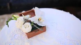 Arranjo de flor na tabela Decorações do casamento Casamento em filme
