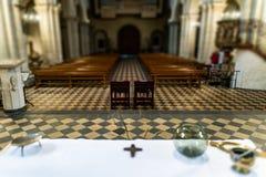 Arranjo do casamento dentro do altar a basílica da igreja a mais velha do rodízio do St no palatinado de Rhineland do estado alem imagem de stock royalty free
