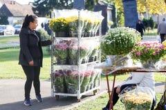 Arranjos florais para a venda Imagens de Stock Royalty Free