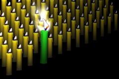 Arranque de cinta entre velas Fotografía de archivo