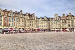 Arrasmarktplatz in Frankreich Stockfotos