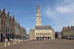 Arrasu urząd miasta w Francja i rynek Zdjęcia Stock