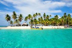 Arraving en una isla tropical del Caribe, San Blas, Panamá Trave Fotos de archivo
