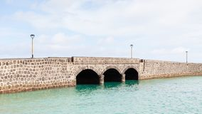 Arrecife γέφυρα στο ισπανικό νησί Lanzarote Στοκ Εικόνες