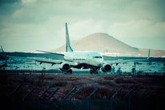 Arrecife, Ισπανία -22 το Μάρτιο του 2015: Το επιβατηγό αεροσκάφος Ryanair είναι τα larges Στοκ φωτογραφίες με δικαίωμα ελεύθερης χρήσης