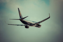 Arrecife, Ισπανία -22 το Μάρτιο του 2015: Το επιβατηγό αεροσκάφος Ryanair είναι τα larges Στοκ Εικόνες