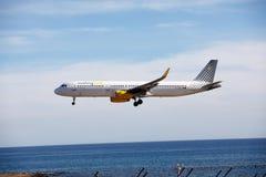 ARRECIFE, ΙΣΠΑΝΙΑ - 2 ΔΕΚΕΜΒΡΊΟΥ 2016: Airbus A321 Vueling που προσγειώνεται atARRECIFE Στοκ Εικόνες
