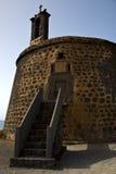 Arrecife croisé Lanzarote castillo de las coloradas Espagne le vieux images libres de droits