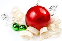 Arreglo con la bola grande de la Navidad Foto de archivo libre de regalías