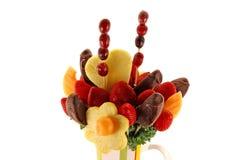 Arreglo de la fruta y del chocolate Fotografía de archivo libre de regalías