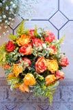 Arreglo de las rosas foto de archivo libre de regalías