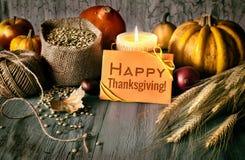 Arreglo del otoño en la madera y el saludo Foto de archivo libre de regalías
