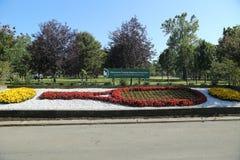 Arreglo floral de la estafa de tenis en Flushing Meadows Corona Park en Nueva York foto de archivo