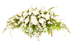 Arreglo floral fúnebre de la cubierta de seda del ataúd Fotos de archivo libres de regalías